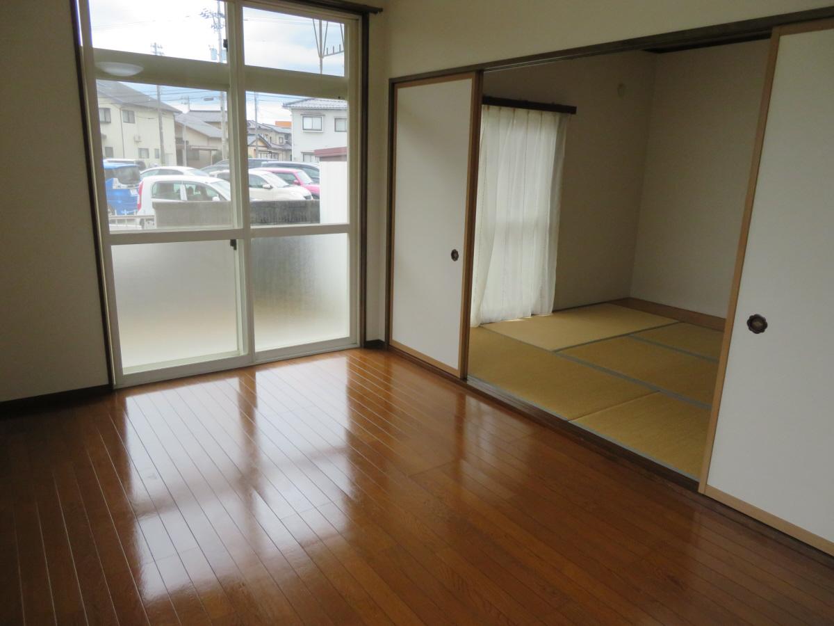 物件番号: 1110305802 ベルクレエ長江  富山市長江5丁目 2LDK アパート 画像10