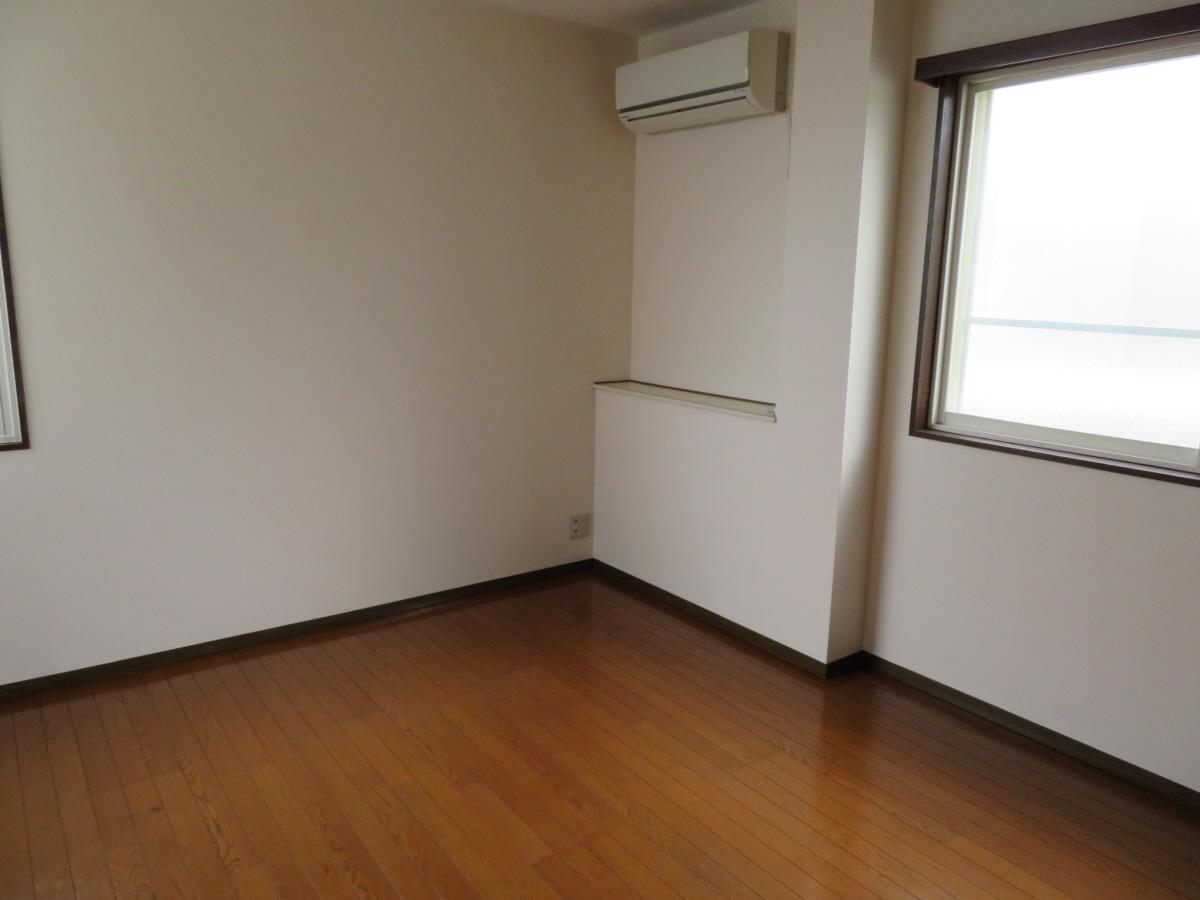 物件番号: 1110305802 ベルクレエ長江  富山市長江5丁目 2LDK アパート 画像17