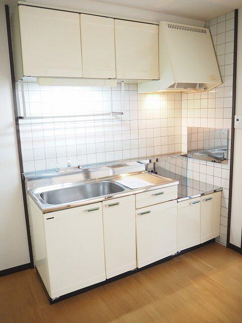 物件番号: 1110306159 ウイステリアA  富山市開 3DK アパート 画像2