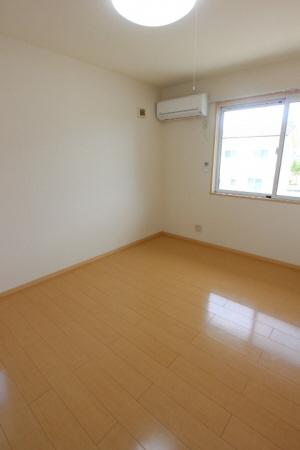 物件番号: 1110308059 ビューアベリア  富山市下新町 2LDK アパート 画像4