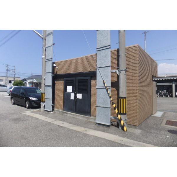 物件番号: 1110306502 アパラザール東富山  富山市東富山寿町3丁目 3LDK マンション 画像5
