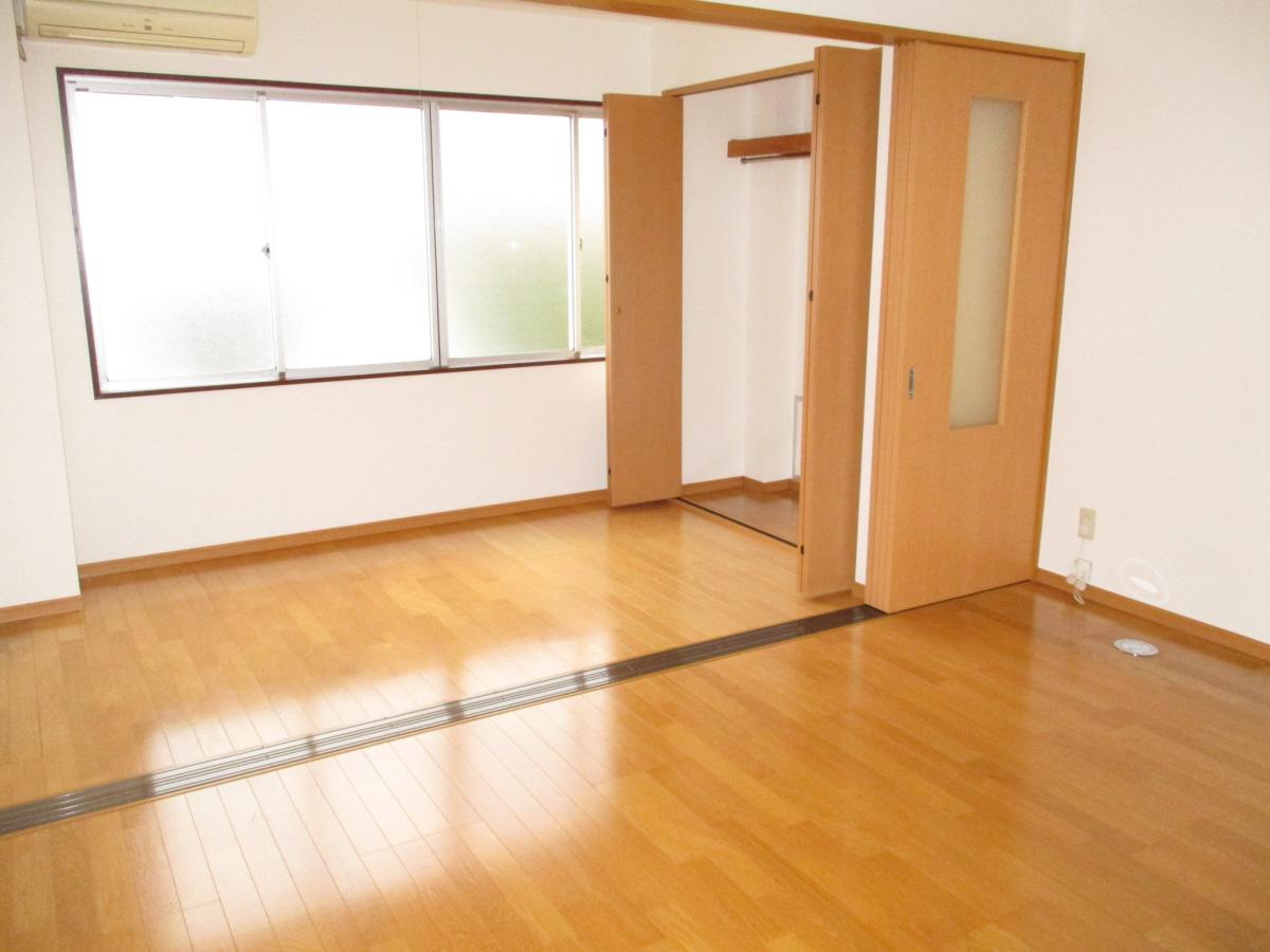 物件番号: 1110306574 センターガーデン  富山市新庄町3丁目 1LDK アパート 画像6
