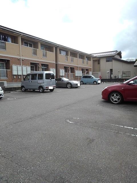 物件番号: 1110306999 ウエストモンターニュA  富山市太郎丸西町 1K アパート 画像10