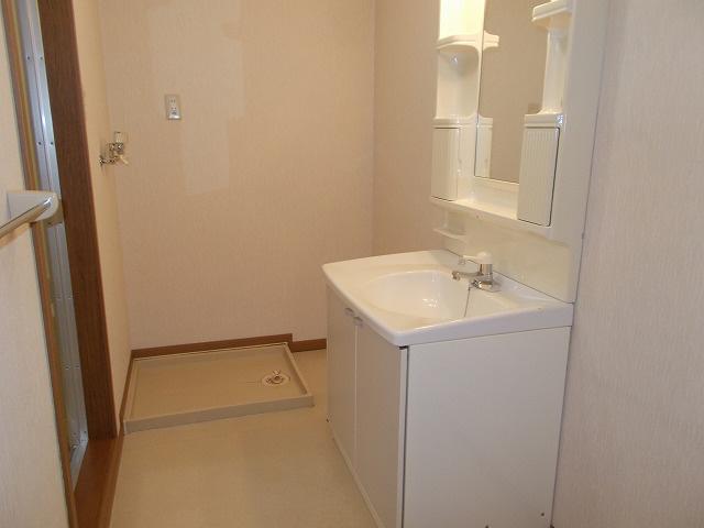 物件番号: 1110307176 グリシナハウス  富山市山室荒屋新町 2DK アパート 画像4