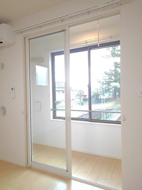 物件番号: 1110307529 コンフォーティア  富山市常盤台 1DK アパート 画像6