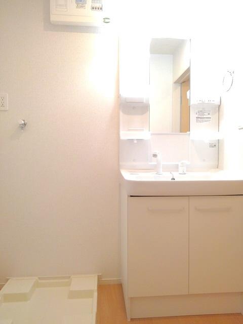 物件番号: 1110307529 コンフォーティア  富山市常盤台 1DK アパート 画像8
