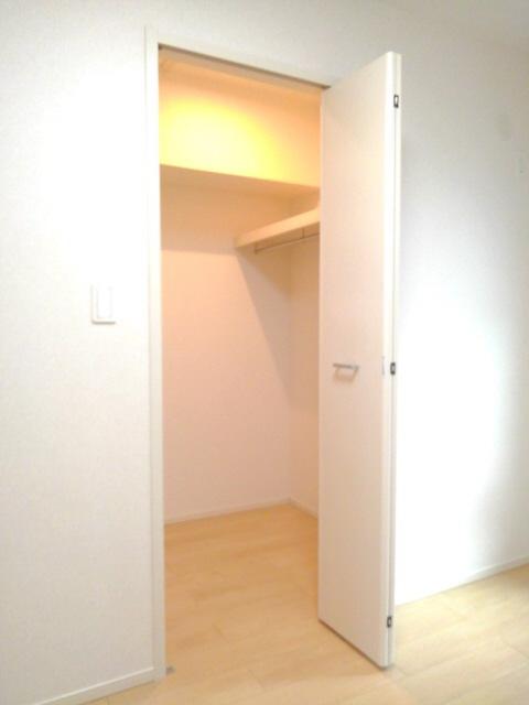 物件番号: 1110307530 コンフォーティア  富山市常盤台 1DK アパート 画像6