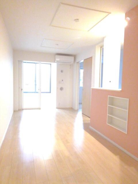 物件番号: 1110307543 シャンティB  富山市手屋3丁目 1LDK アパート 画像1