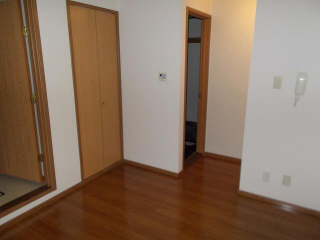 物件番号: 1110307823 セトル二杉ⅡA棟  富山市上二杉 2DK アパート 画像1
