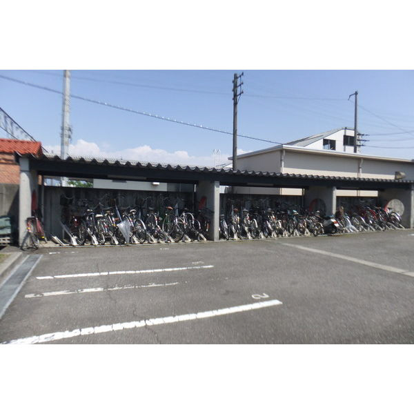 物件番号: 1110308634 アパラザール東富山  富山市東富山寿町3丁目 3LDK マンション 画像5