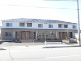 物件番号: 1110308784 ユニヴァリィサンサン  富山市秋吉 2LDK アパート 外観画像