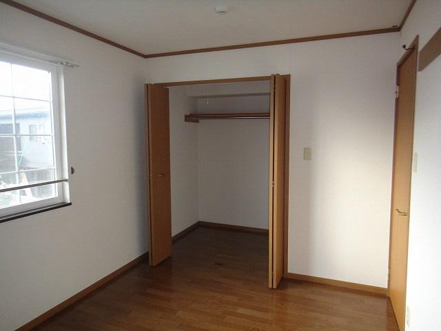 物件番号: 1110308467 エヴァー・エイム  富山市上赤江町 2LDK アパート 画像1