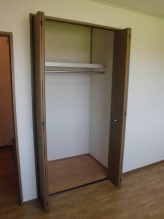 物件番号: 1110308511 ヴィルクレールA棟  富山市中川原 3DK アパート 画像7