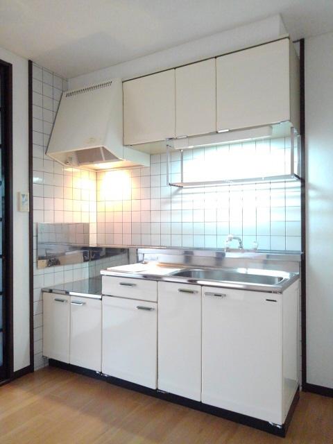 物件番号: 1110308573 ウイステリアA  富山市開 3DK アパート 画像2