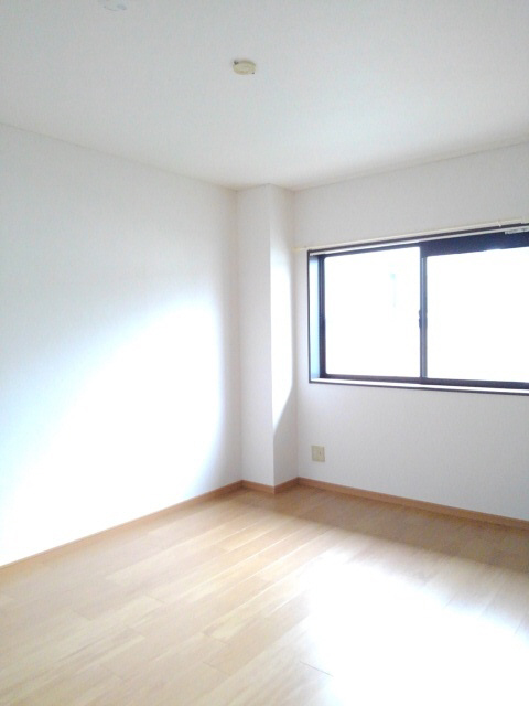 物件番号: 1110308573 ウイステリアA  富山市開 3DK アパート 画像4