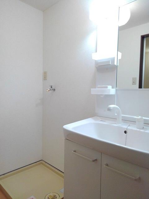物件番号: 1110308573 ウイステリアA  富山市開 3DK アパート 画像8