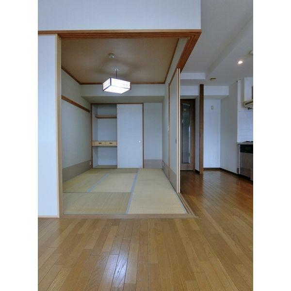 物件番号: 1110308633 アパガーデンプレイス富山  富山市東田地方町1丁目 2LDK マンション 画像8