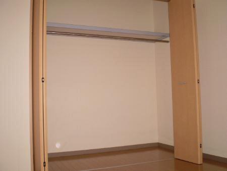 物件番号: 1110308657 フェリーチェ光陽  富山市二口町3丁目 2DK アパート 画像3