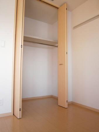 物件番号: 1110308658 プルミエールB  富山市石金2丁目 1LDK アパート 画像4