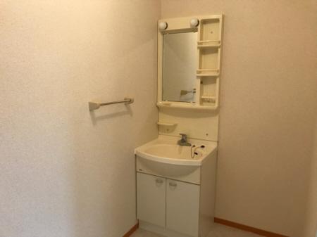 物件番号: 1110308660 リヴェールハウス  富山市堀川町 2DK アパート 画像9