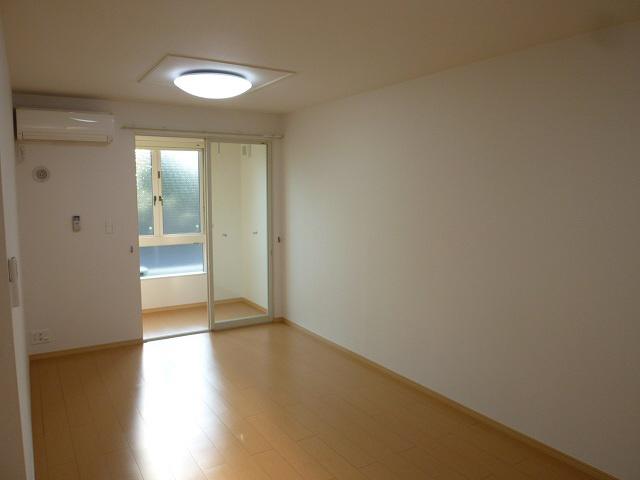 物件番号: 1110308786 グランMIKI 1  富山市清水町8丁目 1LDK アパート 画像4