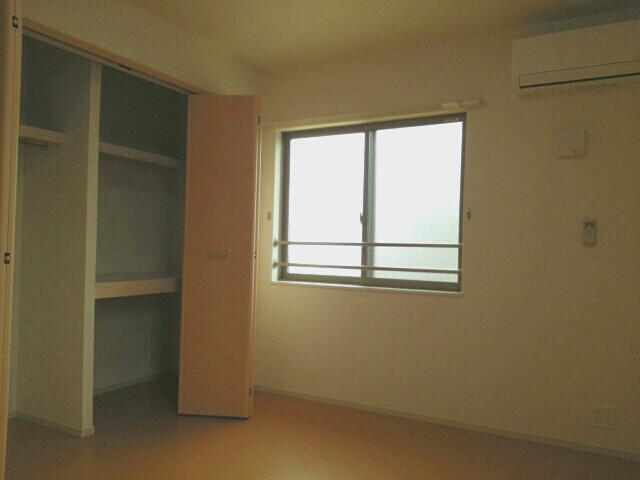 物件番号: 1110308998 カーサ オリージャ  富山市水橋肘崎 1LDK アパート 画像1
