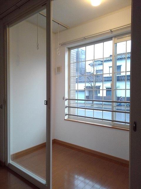 物件番号: 1110309080 シンパティコS Ⅱ  富山市桃井町2丁目 1LDK アパート 画像5