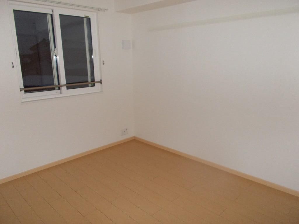 物件番号: 1110309138 アネシス・ルナA  富山市本郷町 3LDK アパート 画像1