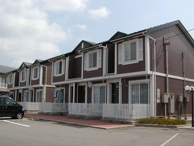物件番号: 1110300684 グランディールⅢ  富山市山室荒屋 2LDK アパート 外観画像